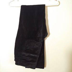 WHBM black soft pants Slim Leg Size 4R